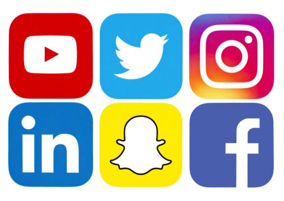 طراحی سایت یا تولید محتوا در شبکه های اجتماعی